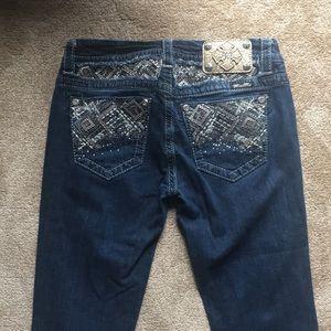 Bootcut Miss Me Jeans!! Size 27, worn a few times